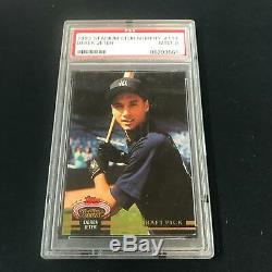 1993 Stadium Club Murphy DEREK JETER #117 New York Yankees PSA 9 SC1-3661