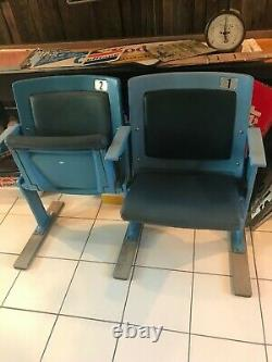Authentic NYY New York Yankee Stadium Double Box Seats w TOP HAT EMBLEM SHIPS