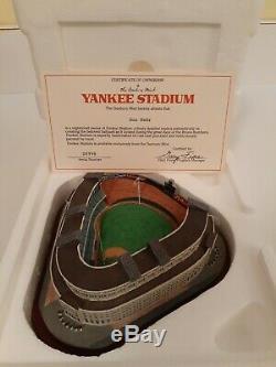 DANBURY MINT Yankee Stadium Home of New York Yankees With Orig Foam Container/COA