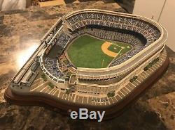 Danbury Mint Deluxe Night Game At Yankee Stadium Lit Replica Statue New York