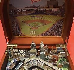 Danbury Mint New York Yankees Stadium Music Box