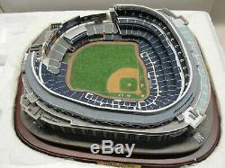 New Danbury Mint 2009 World Series Champions New York Yankees Lighted Stadium