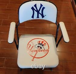 New York Yankees 2007 STADIUM LOCKER ROOM FOLDING CHAIR