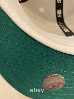 New York Yankees 59fifty fitted cap Apple size 7 1/8 Yankee Stadium Patch
