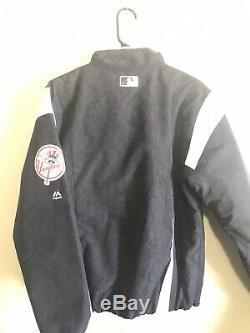New York Yankees Authentic Majestic Stadium Jacket Size Small NLB