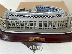 New York Yankees Danbury Mint Lighted Stadium