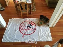 New York Yankees Flag Banner Pennant Globe Life Park Stadium RARE HUGE