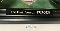 New York Yankees Old Stadium Final Season Dirt & Baseballs Authentic #d 989/5000