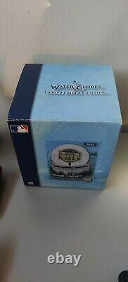New York Yankees Old Stadium Limited Edition Water GlobeCollectibleUnopened