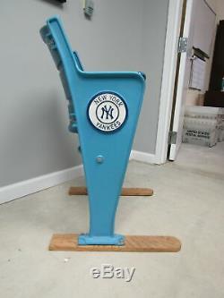 New York Yankees Stadium Chair 1973-2008 MLB LH535039
