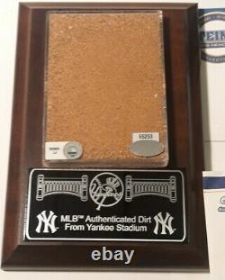 Steiner Sports Memorabilia COA MLB Authentic New York Yankee Stadium Dirt 6X4