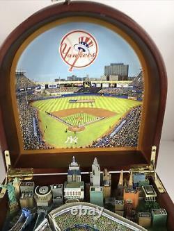 The Danbury Mint New York Yankees Stadium Replica Music Box Withcertificate & Box