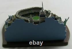 The Danbury Mint Opening Day At Yankee Stadium Replica New York Yankees Figure S