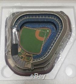 Yankee Stadium Replica Danbury Mint New York NEVER DISPLAYED NIB